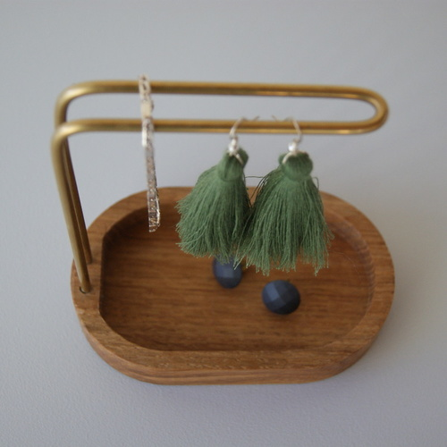 Hang On Jewellery Holder Brass & Oak